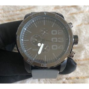 EUC, Men's Watch in Gray on Black
